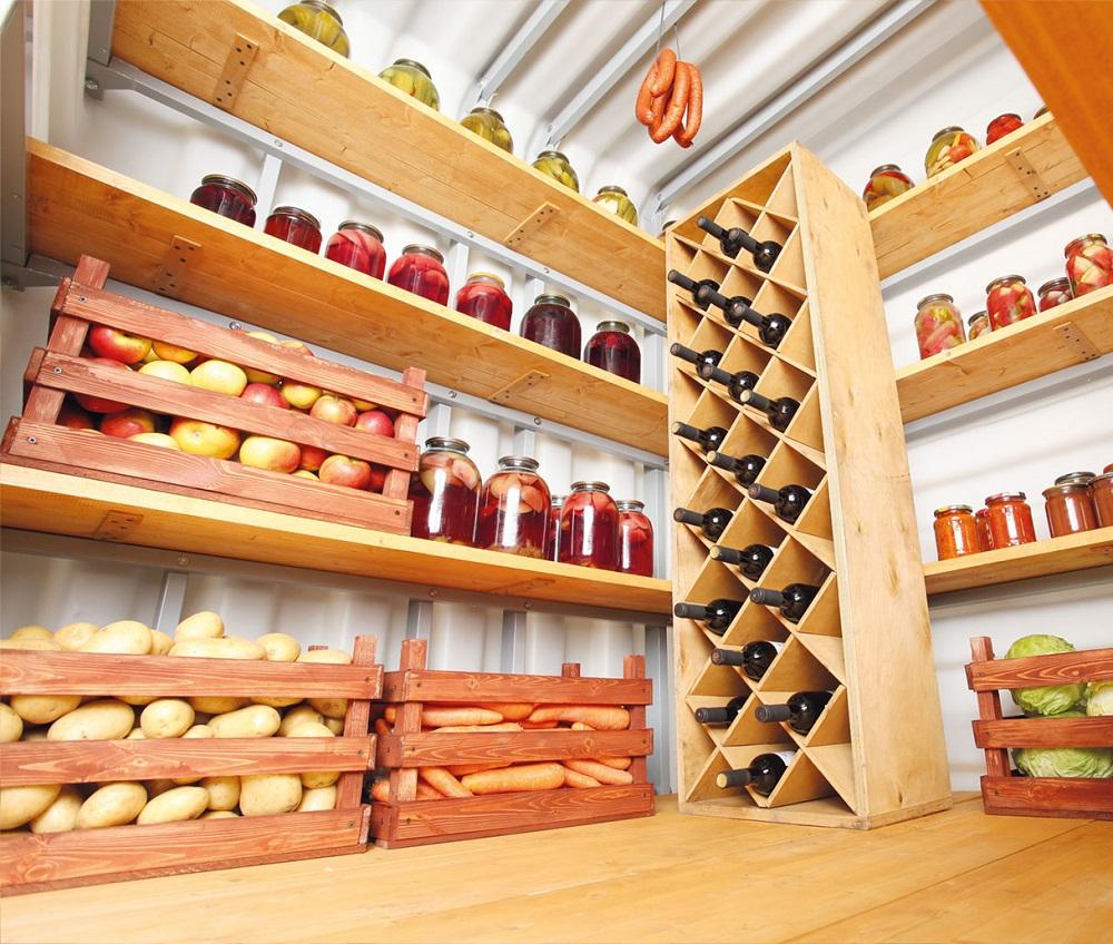 Деревянные полки для подвала и ящики для хранения овощей