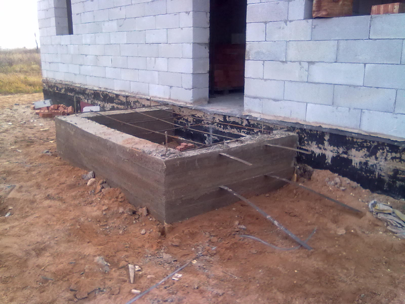 Фундамент под крыльцо из бетона