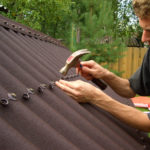 Крыша из ондулина – преимущества самостоятельного обустройства