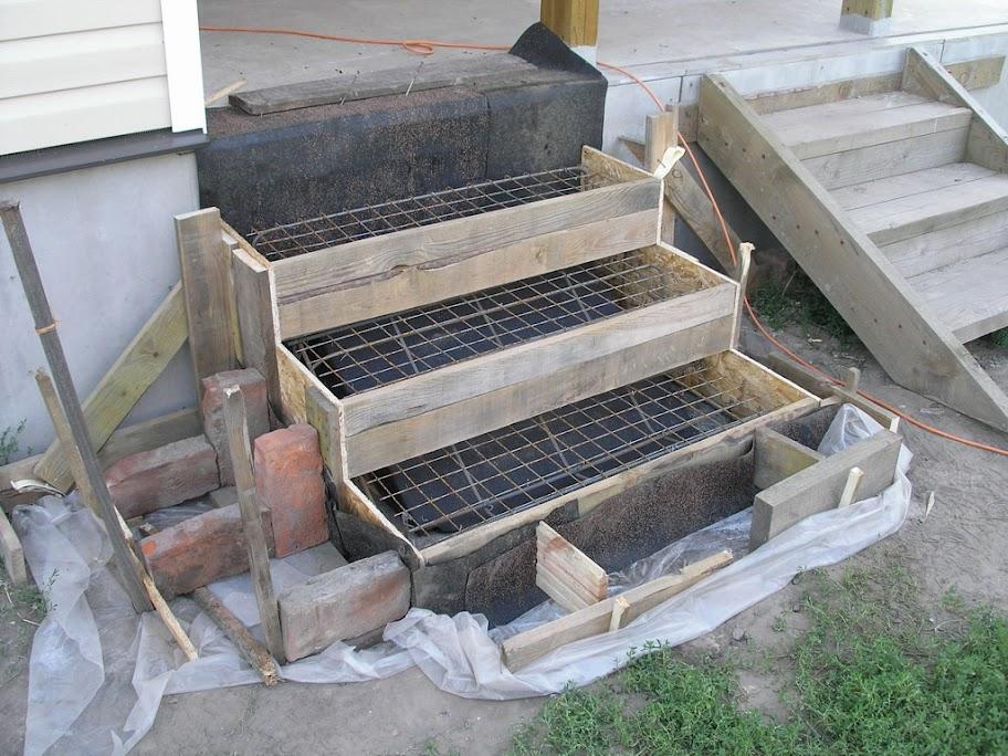 Как правильно залить бетонный фундамент под крыльцо