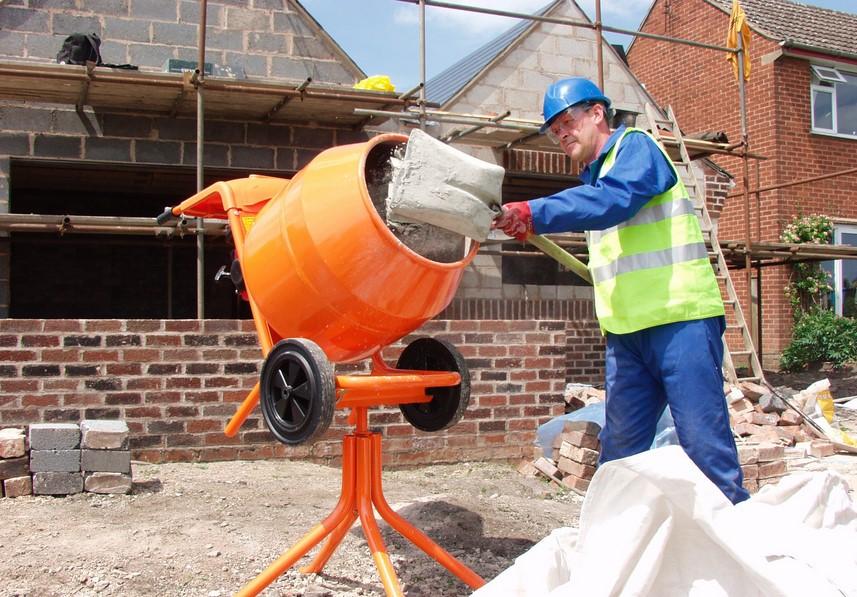 Как разводить цемент для фундамента