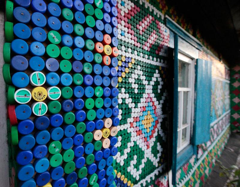 Декор из пластиковых крышек своими руками