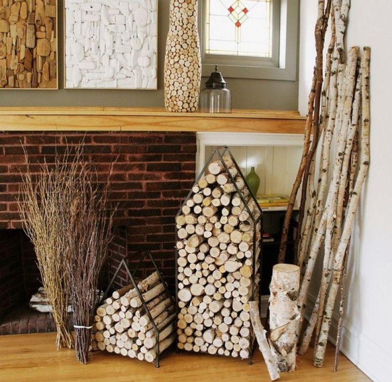 Декоративная дровница для дачного дома