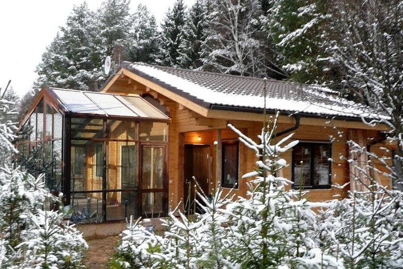 Дом и баня под одной крышей, утонченный вид