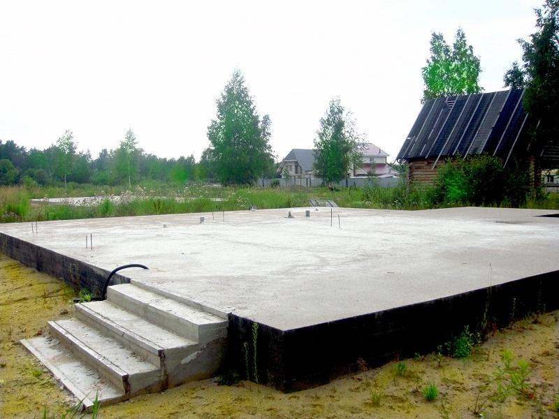 Как залить плиту под фундамент, преимущества плиточного фундамента