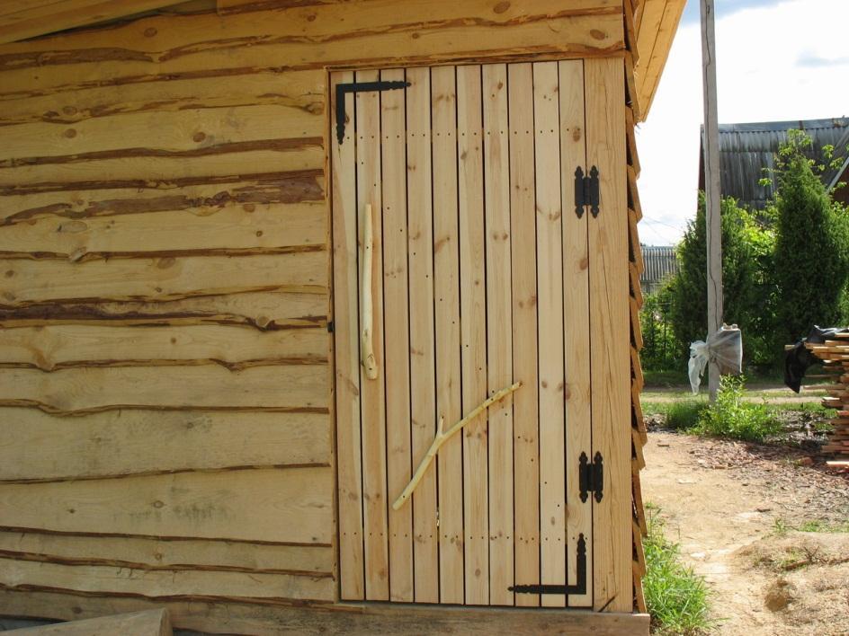 Двери в сарай на даче своими руками