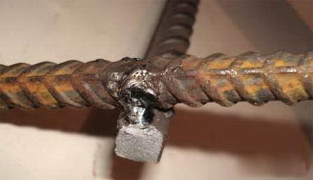 Как сварить арматуру для фундамента при помощи электродуговой сварки
