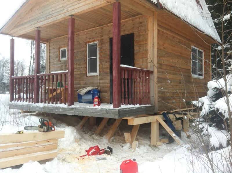 Поднять дом на фундамент, необходимые инструменты и материалы