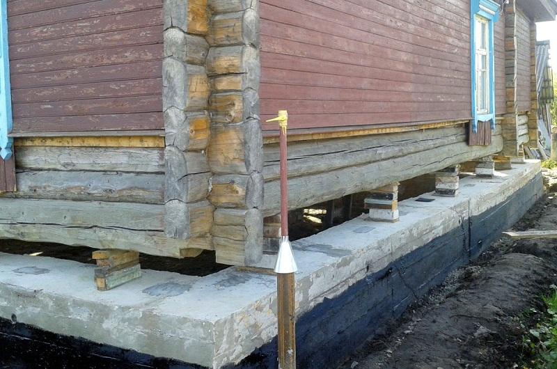 Поднять дом на фундамент, правильность выполняемых работ
