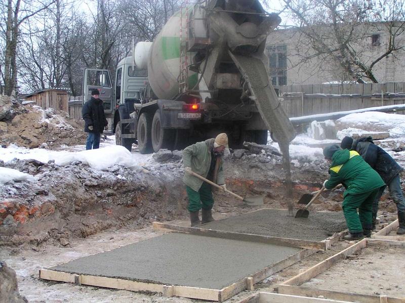 Сколько надо цемента на фундамент для дачи, глиноземистые составы
