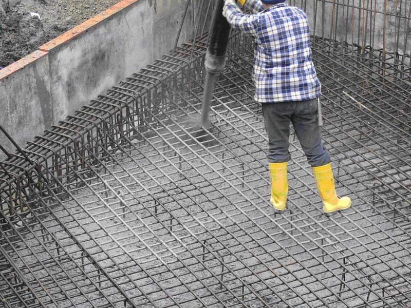 Сколько надо цемента на фундамент для дачи, объем цемента