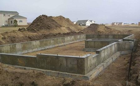Строительство фундамента дома на песчаной почве