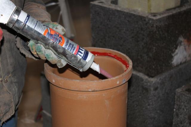 Термостойкий герметик для дымохода - как произвести изоляцию стыков