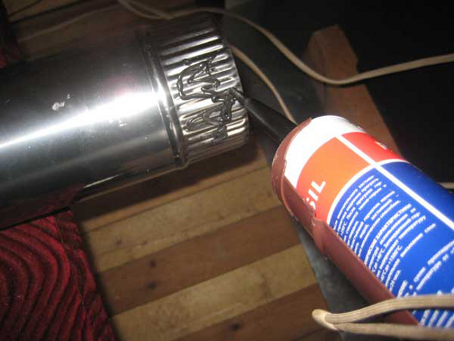 Высокотемпературный термостойкий герметик для дымохода на даче