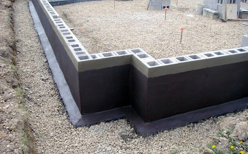 Заливка фундамента частями своими руками, особенности герметизации