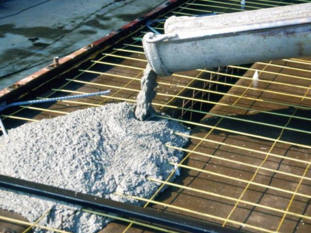 Как выбрать бетон для дачного фундамента