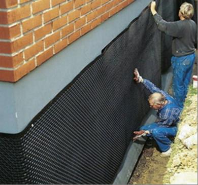 Как защитить фундамент дачного дома от воздействия грунтовых вод
