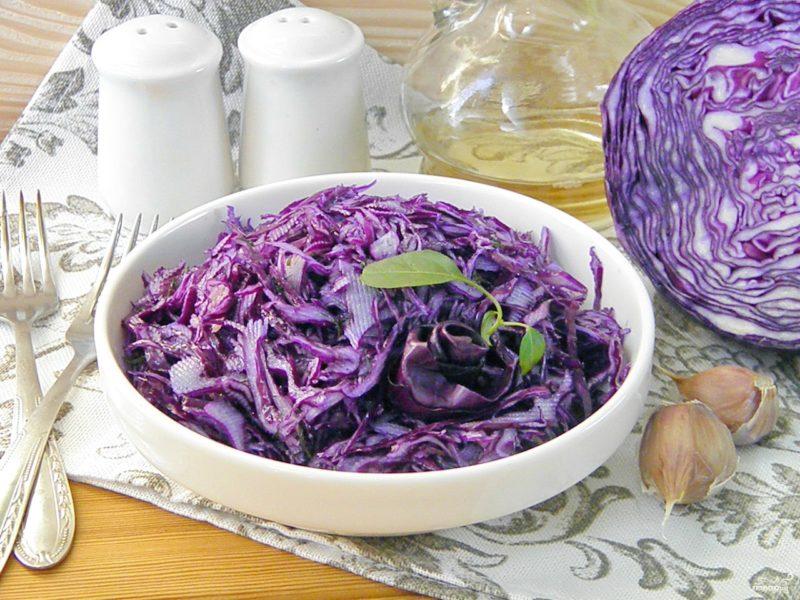 Краснокочанная капуста - полезные свойства капустного салата