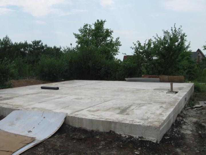 Фундамент для дома из газобетона - преимущества плитного основания дачи