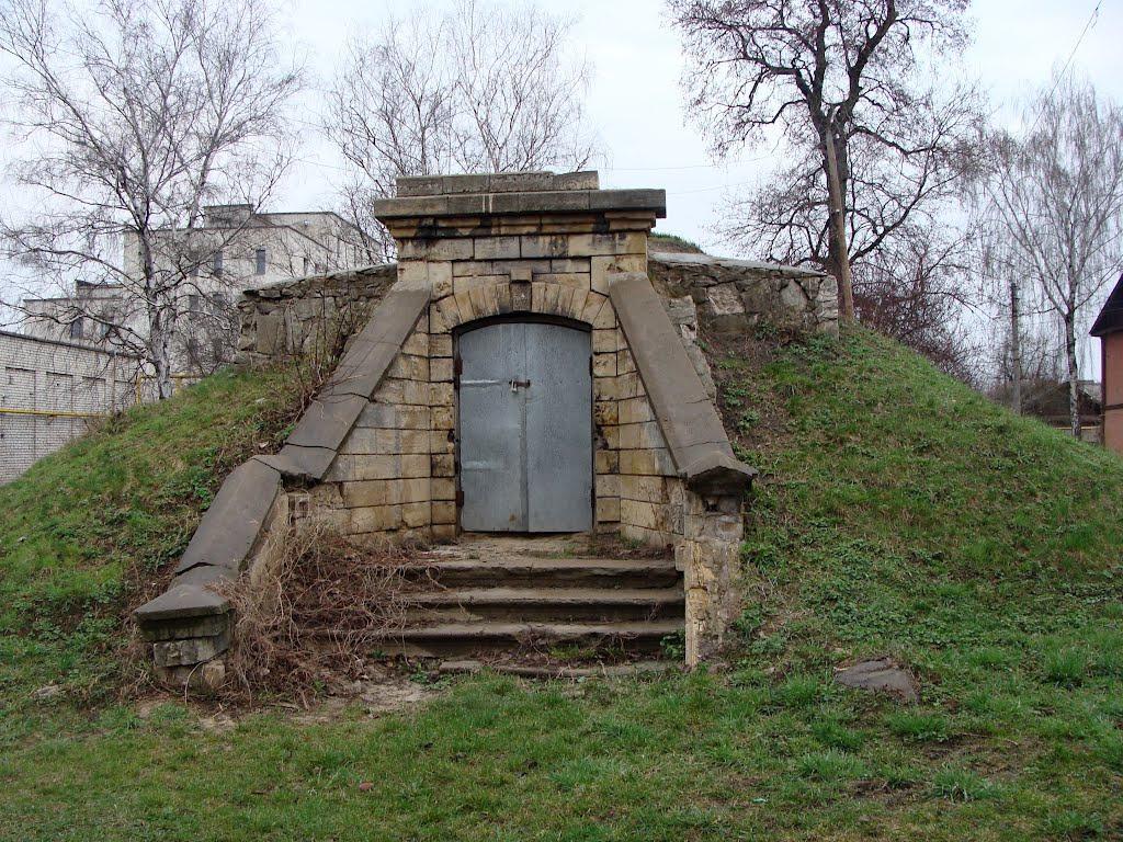 Как построить погреб из кирпича на участке