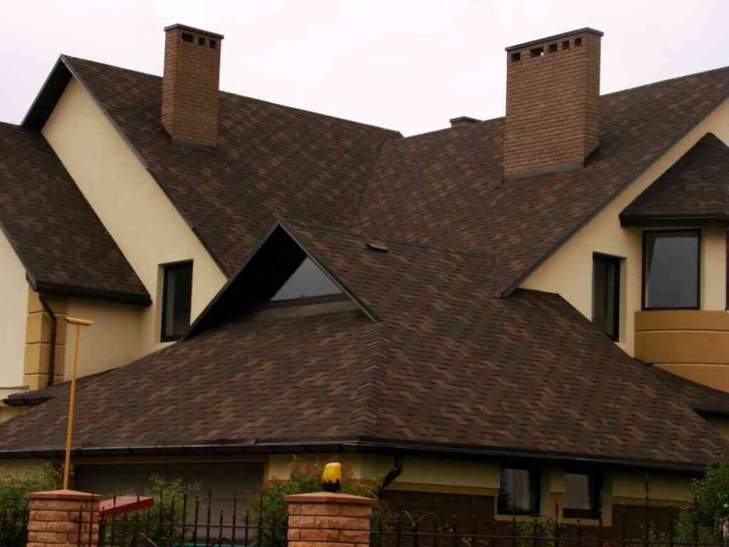 Отделка дымохода на крыше для герметизации