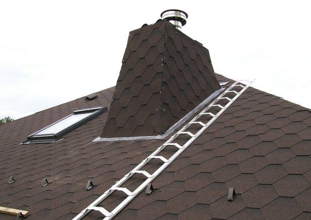 Отделка дымохода на крыше - методы самостоятельной обработки