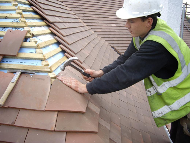 Ремонт крыши частного дома - выбор материалов для реконструкции