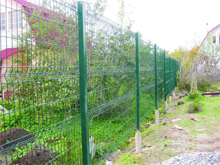 Современное ограждение для дачного участка - забор гиттер