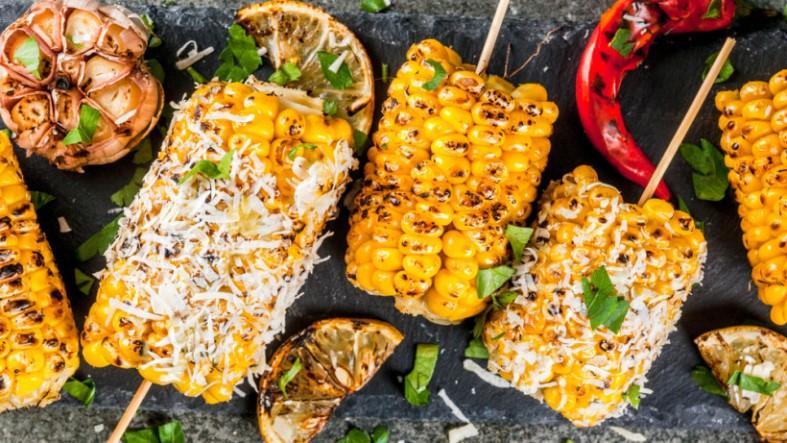Как сохранить полезные свойства кукурузы - выбираем способ приготовления
