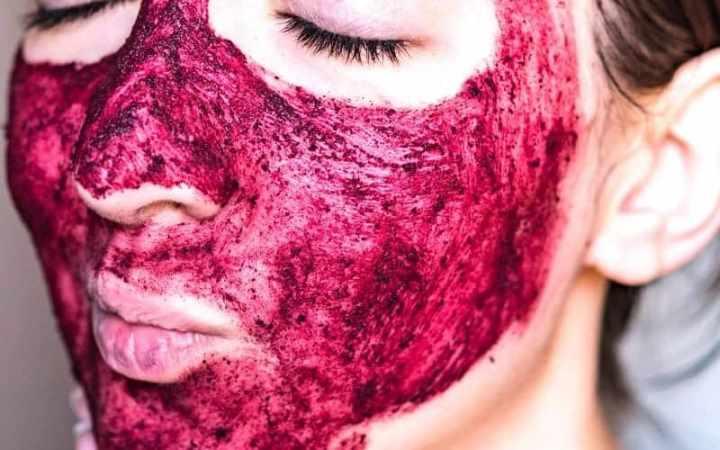 Как используют клюкву в косметологии