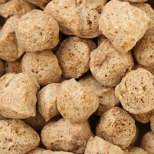 Бобовая культура соя - отличный заменитель мяса и источник белка