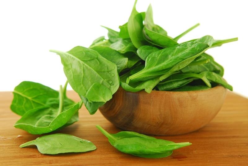 Как похудеть с помощью листьев шпината