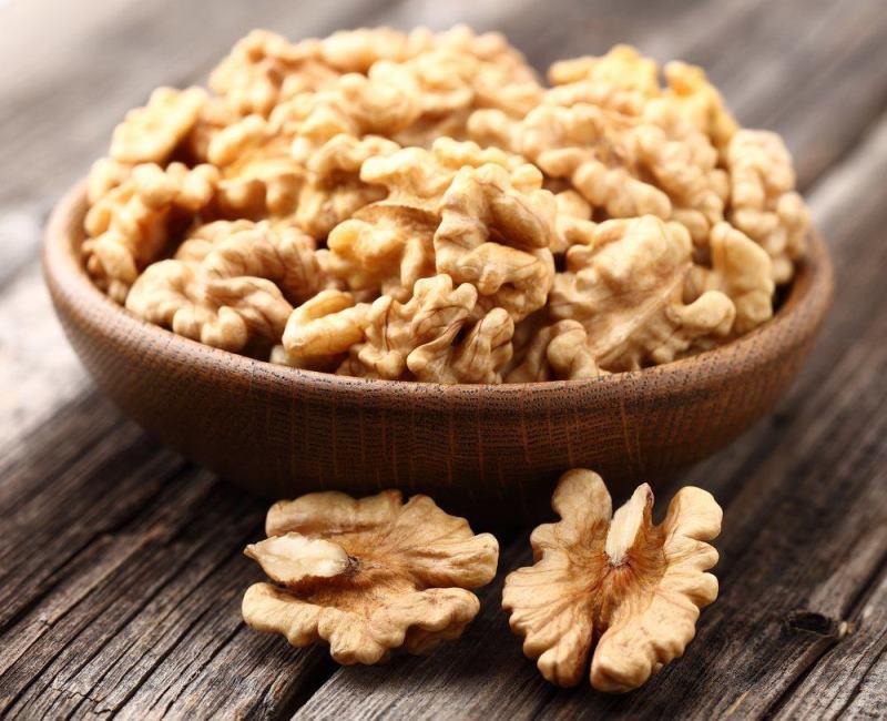 Польза грецких орехов, состав, полезные минералы, витамины