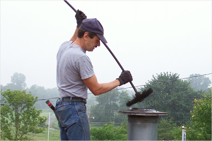 Как почистить печную трубу
