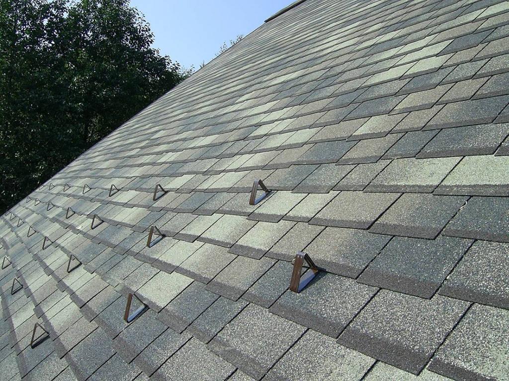 Снегозадержатели на крышу. Крюки-снегостопоры
