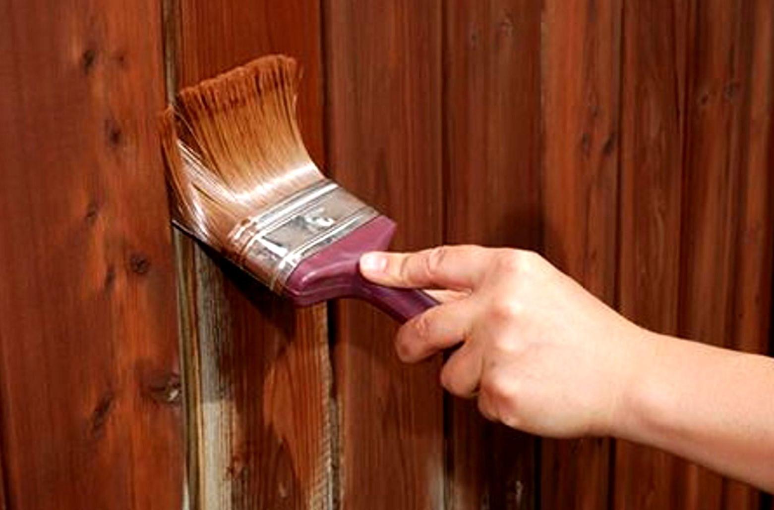 Как покрасить дерево или деревянную поверхность своими руками 2